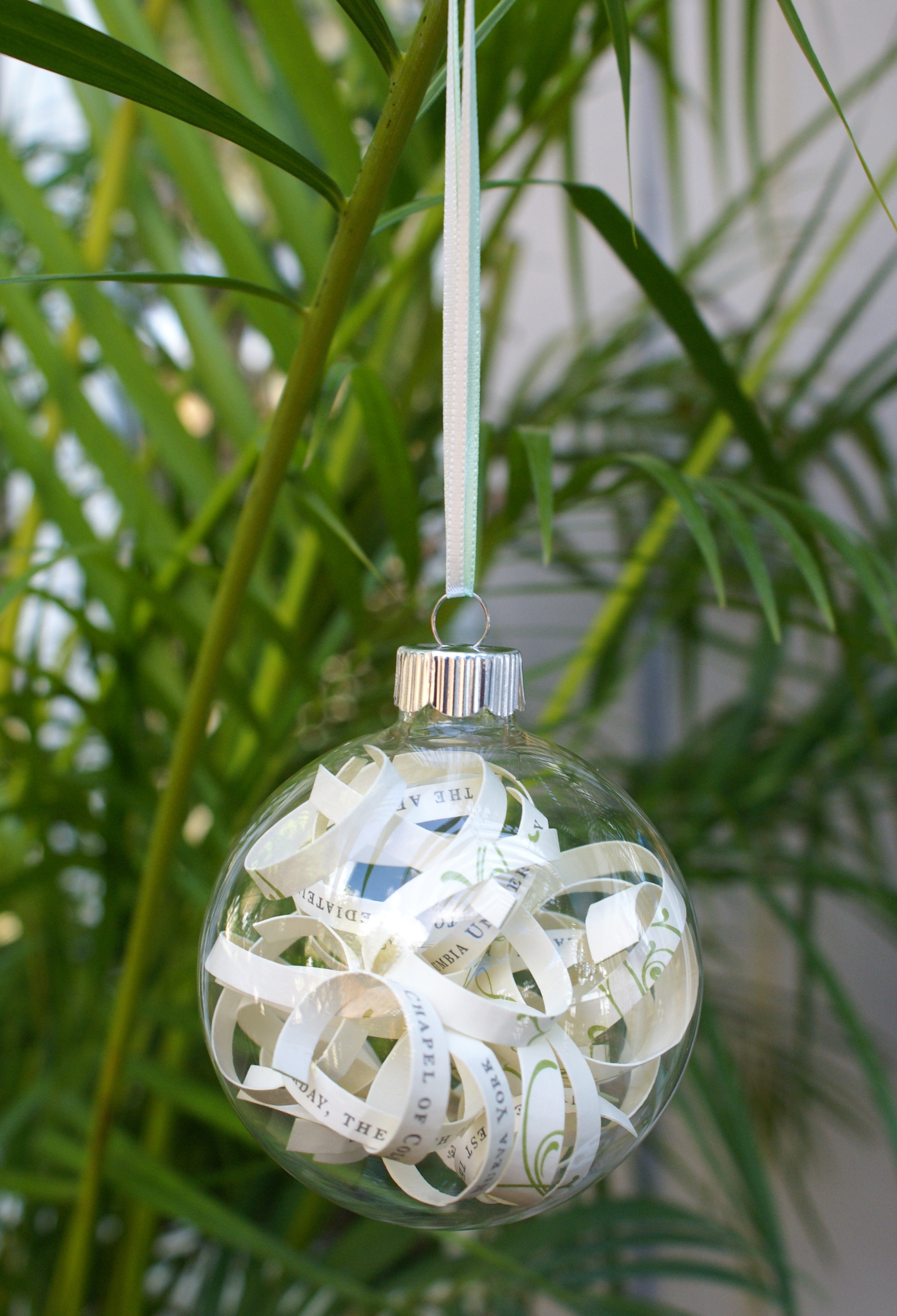 DIY Wedding Invitation Ornament - the thinking closet
