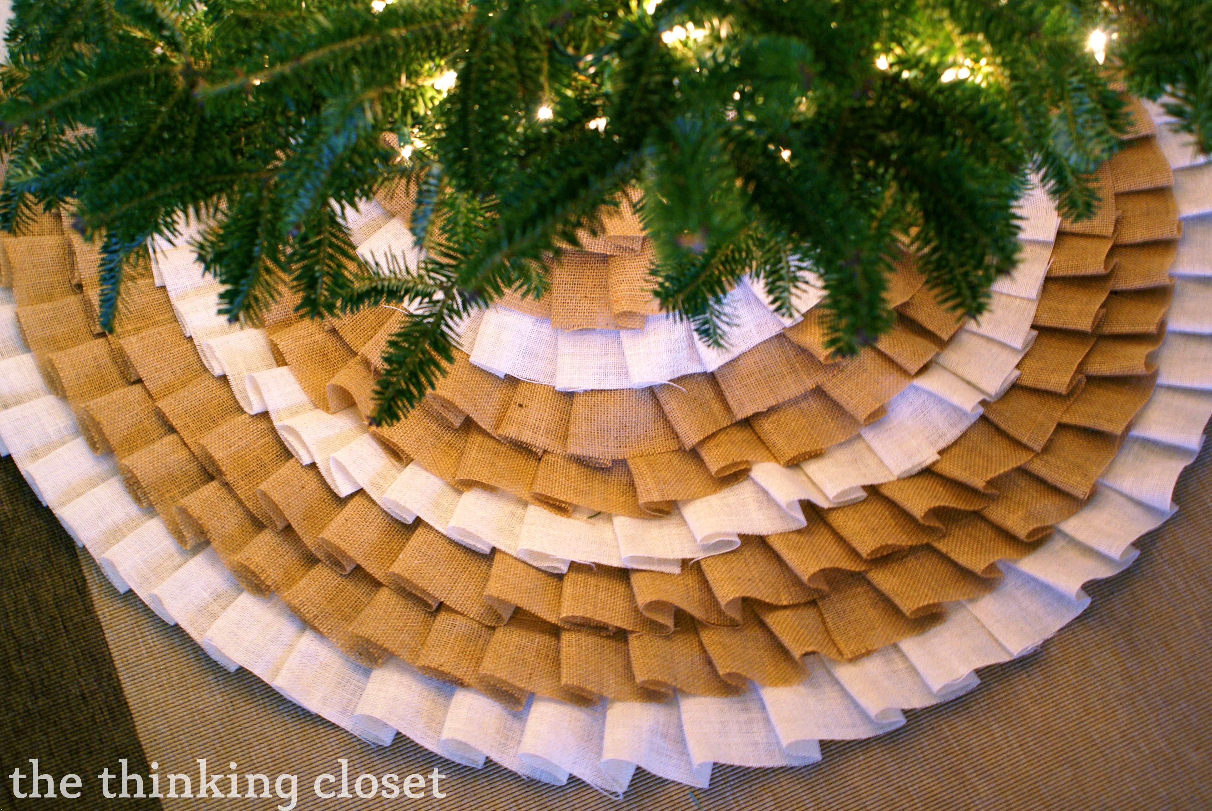 D.I.Y. No-Sew Ruffle Christmas Tree Skirt by The Thinking Closet